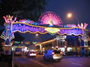 800px-Deepavali,_Little_India,_Singapore,_Oct_06